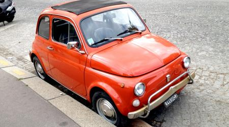 Voiture de collection « Fiat 500 L »