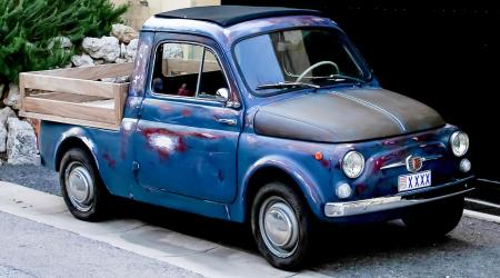 Voiture de collection « Fiat 500 Pickup ! »