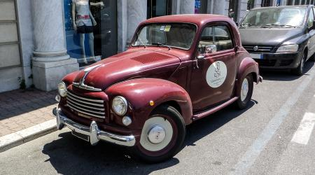 Voiture de collection « Fiat 500 C Topolino »