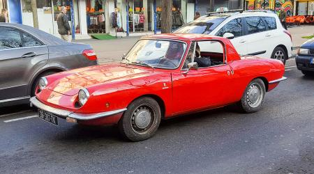 Voiture de collection « Fiat 850 Spider »