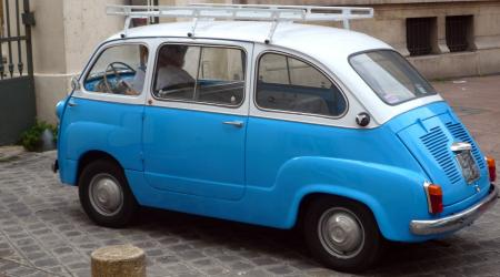 Voiture de collection « Fiat Multipla »
