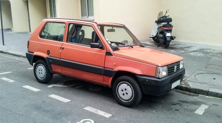 Voiture de collection « Fiat Panda »