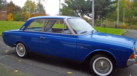 Voiture de collection « Ford Taunus 17M Super 1964 »