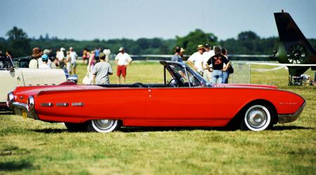 Voiture de collection « Ford Thunderbird 1962 »