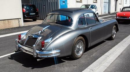 Voiture de collection « Jaguar XK150 »