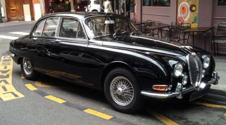 Voiture de collection « Jaguar MarkII 240 »