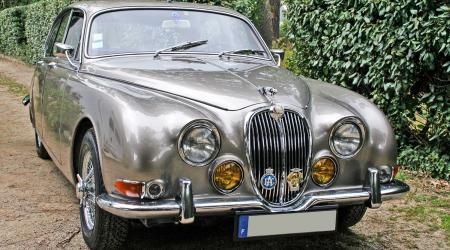 Voiture de collection « Jaguar 3,8S (1965) Mark 2 »