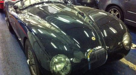 Voiture de collection « Jaguar C-type »