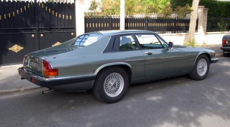 Voiture de collection « Jaguar XJS »