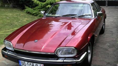 Voiture de collection « jaguar Xjs V6 conduite à droite »