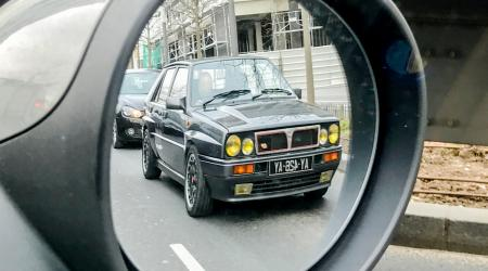 Voiture de collection « Lancia Delta HF »