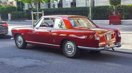Voiture de collection « Lancia Flaminia »