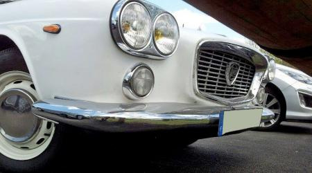 Voiture de collection « Lancia Flavia 1,8l »
