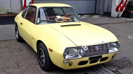 Voiture de collection « Lancia fulvia coupé sport 1300s zagato »