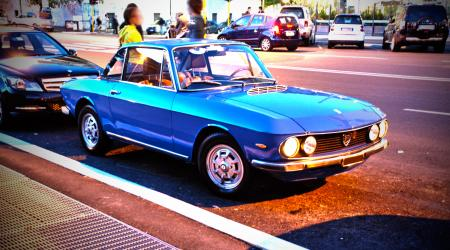Voiture de collection « Lancia Fulvia coupé »