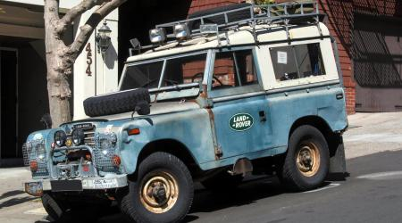 Voiture de collection « Land Rover »