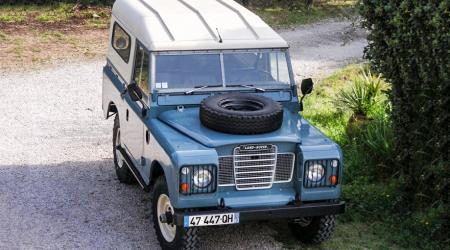 Voiture de collection « Land Rover 1982 »