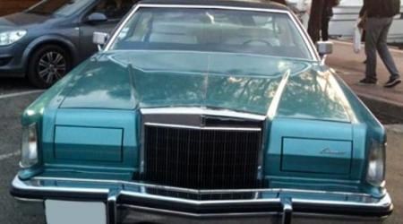 Voiture de collection « Lincoln Continental »