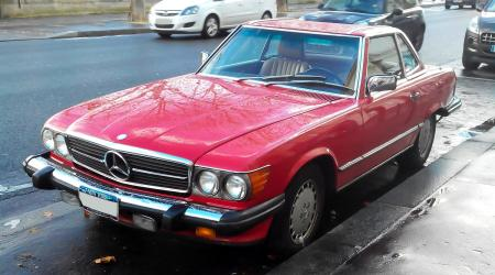 Voiture de collection « Mercedes-Benz 560SL »