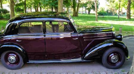 Voiture de collection « Mercedes-Benz 170 (W136) »