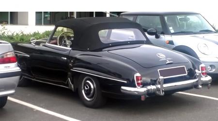 Voiture de collection « Mercedes-Benz 190SL »