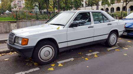 Voiture de collection « Mercedes-Benz 190 (W201) »