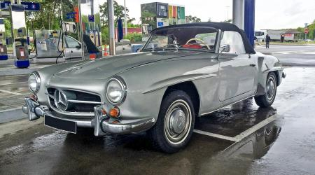 Voiture de collection « Mercedes 190 SL »