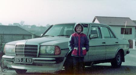 Mercedes-Benz 240D W123