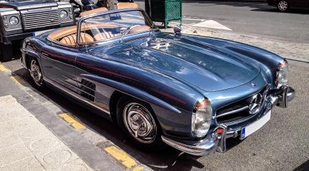 Voiture de collection « Mercedes-benz 300 SL »