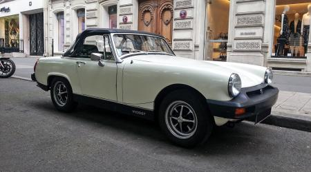 Voiture de collection « MG Midget »