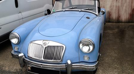 Voiture de collection « MGA »