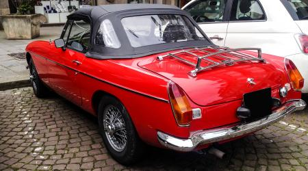 Voiture de collection « MGB cabriolet »