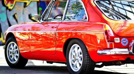 Voiture de collection « MGB GT 1973 »