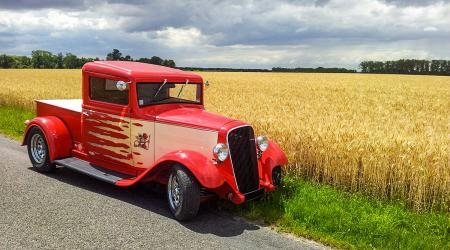 Voiture de collection « Renault Monaquatre Hot Rod 1935 »