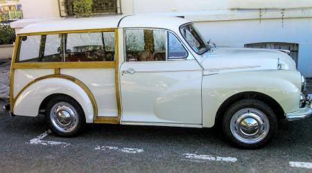 Voiture de collection « Morris Minor 1000 »