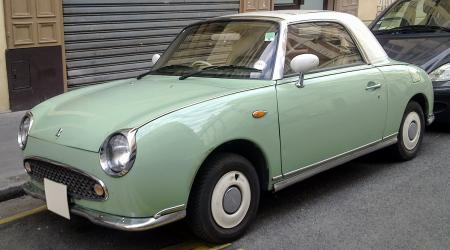Voiture de collection « Nissan Figaro »