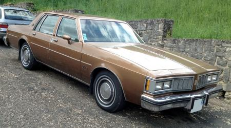 Voiture de collection « Oldsmobile Delta 88 Diesel »
