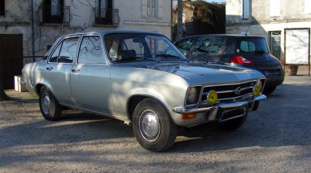 Voiture de collection « Opel Ascona A 16S »