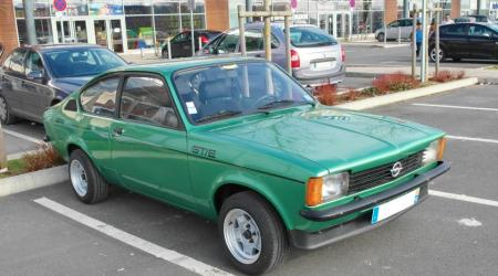 Voiture de collection « Opel Kadett GT/E »