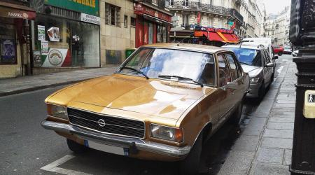 Voiture de collection « Opel Rekord »