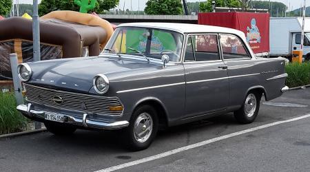 messerschmitt kr 200 une voiture de collection propos e par mario h. Black Bedroom Furniture Sets. Home Design Ideas