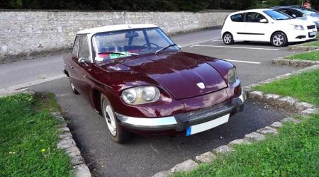 Voiture de collection « Panhard 24 CT »