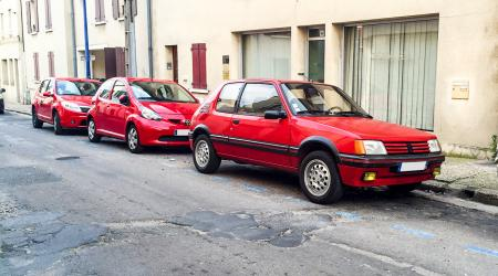 Voiture de collection « Peugeot 205 GTI 1,6l »