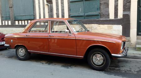Voiture de collection « Peugeot 304 »