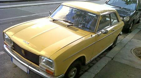 Peugeot 304 coupé doré