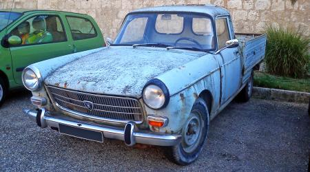 Voiture de collection « Peugeot 404 Pick-up »