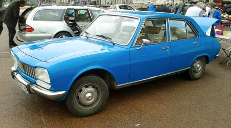 Voiture de collection « Peugeot 504 »