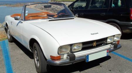 Voiture de collection « Peugeot 504 Cabriolet »