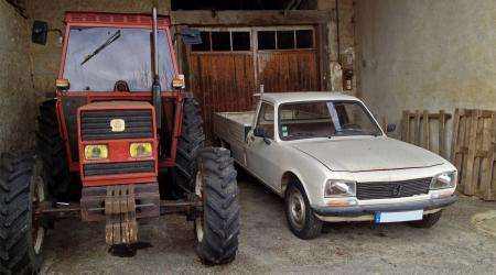 Voiture de collection « Peugeot 504 Pickup »