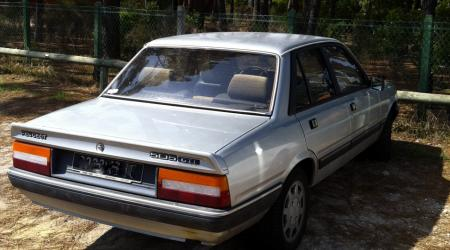 Voiture de collection « Peugeot 505 GTI »